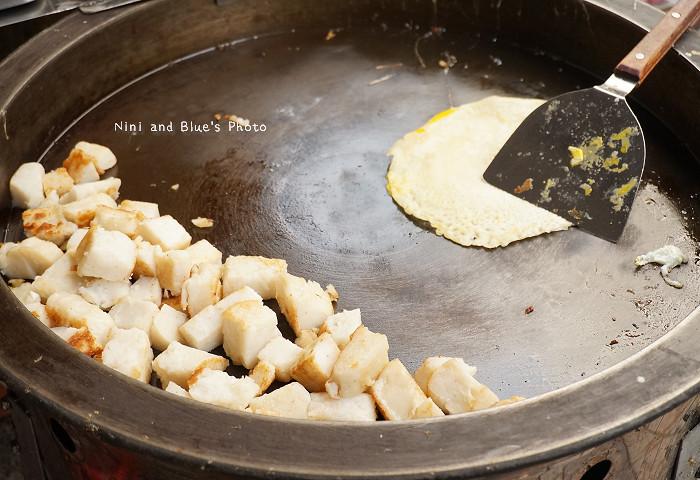 18595442375 f2492e4186 b - 謝氏早點,台中人的老味道,麵糊蛋餅與肉排三明治,台中火車站附近