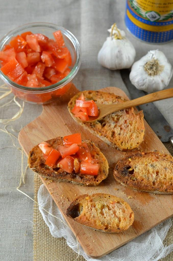 Pan con tomate Toasts à la tomate Recette tapas