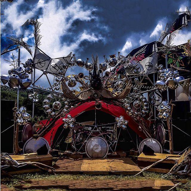 Photo:#fujirock ゴンドラの上のステージ、だみさんのデコ!CG見たい、めっちゃきれいだった。 #bryanburtonlewis By DJ Quietstorm