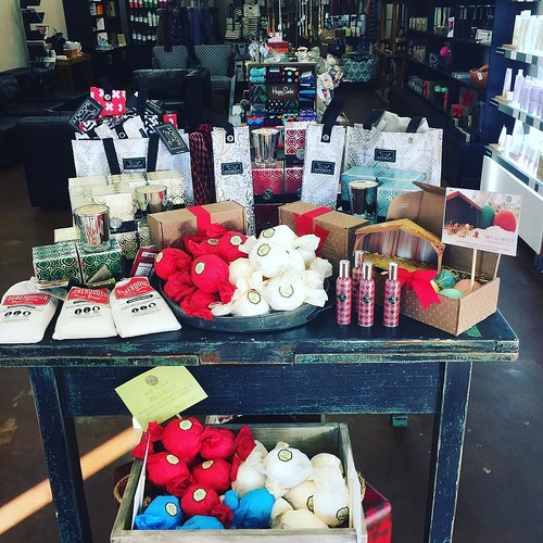 It LOOKS 👀 and smells 👃 like CHRISTMAS 🎄 in the Boutique!! Come shop with us! #choose901 #ryanpatricksalon #onestopshop #votivo #museebath #brewbread #scoutbags