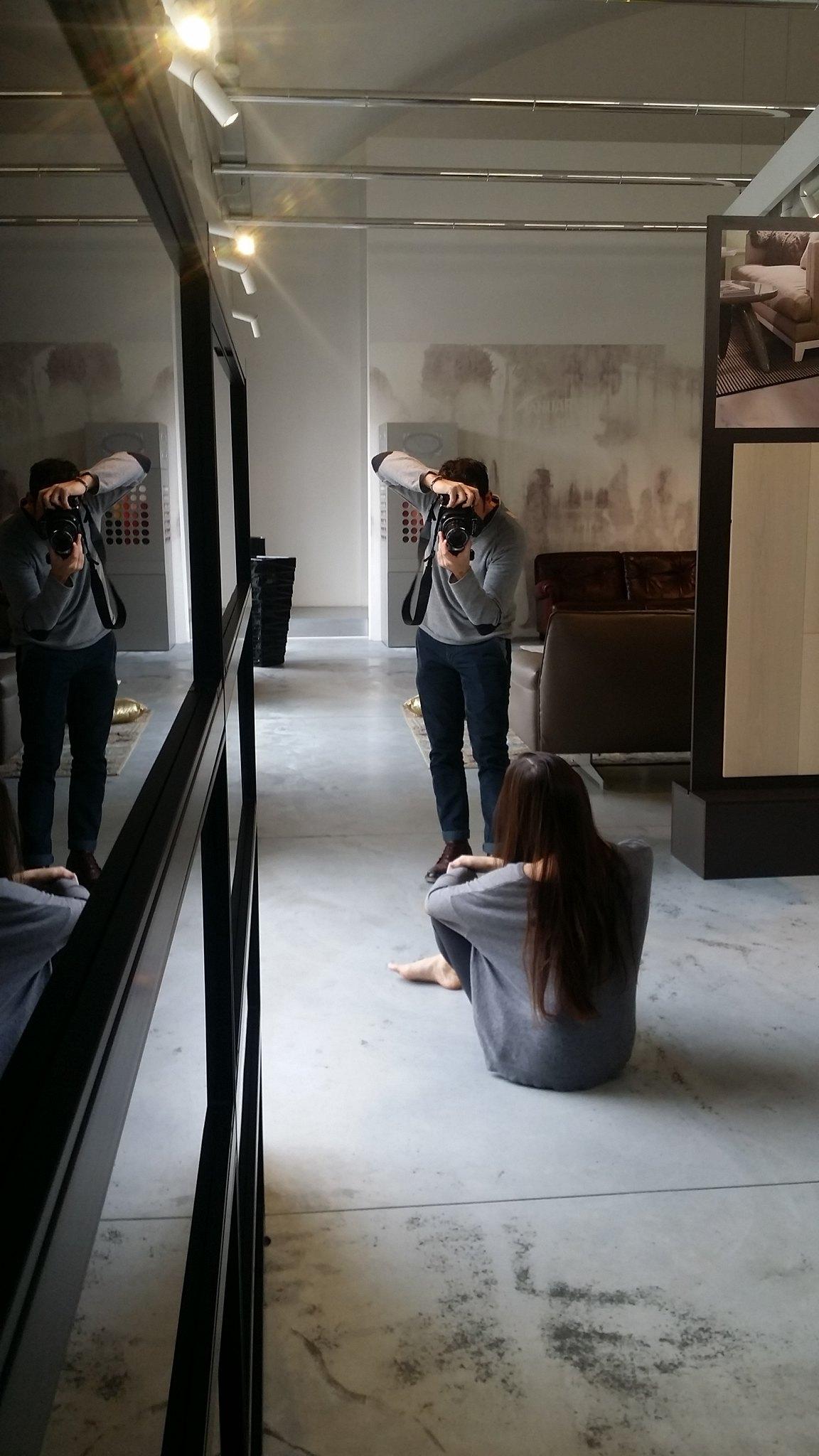 Spazio360Firenze è la location del servizio del fotografo di moda guido stazzoni