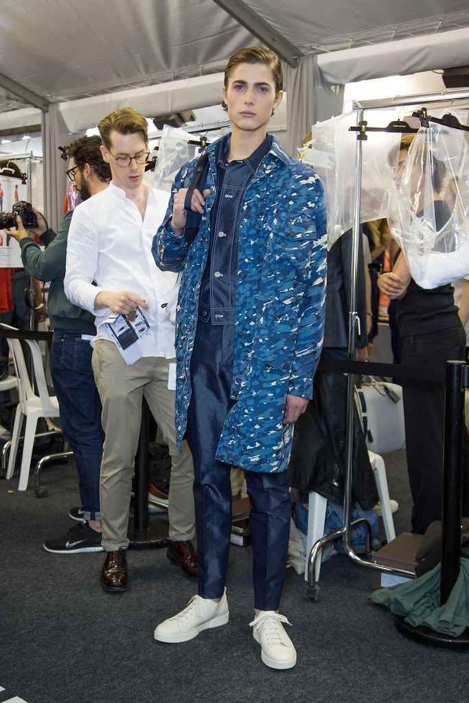 Paul Fontanier3051_SS16 Paris Louis Vuitton(fashionising.com)