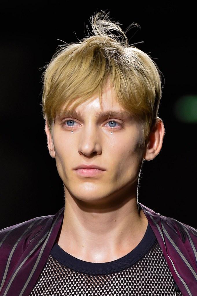 Jeroen Smits3265_SS16 Paris Dries Van Noten(fashionising.com)