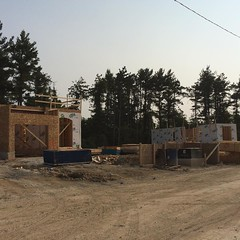 We are continuing to build at a quick pace in #Georgetown. Learn more about our Enclaves of Upper Canada community at Menkes.com. #LifeStoreys
