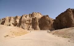 Naqsh-e Rustam - Nekropolis