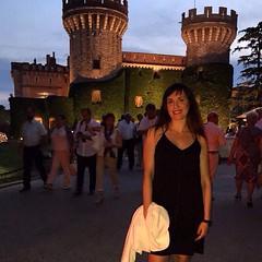 No se que es más bello el Castillo o la doncella @vanesarobles estás preciosa @festivalcastellperalada #peralada #nofilters #esperalada #incostabrava #empordà #Canoli #picoftheday