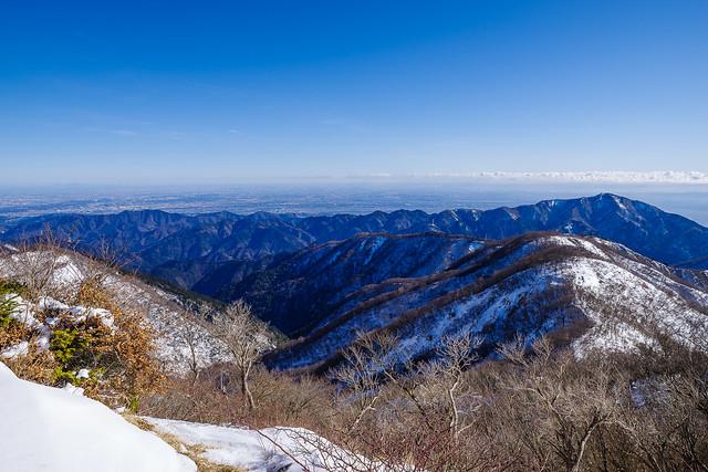 東丹沢の向こうに都心方面@塔ノ岳
