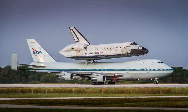 Nasa B747-100 & Discovery Space Shuttle
