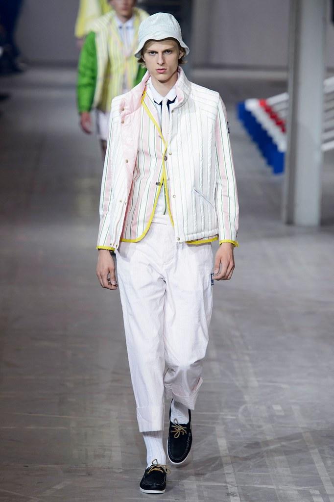 Elvis Jankus3260_SS16 Milan Moncler Gamme Bleu(fashionising.com)
