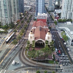 metropolitan area, junction, bird's-eye view, transport, suburb, road, public transport, metropolis, urban area, cityscape, lane, residential area, aerial photography, track, city, downtown, street, intersection,