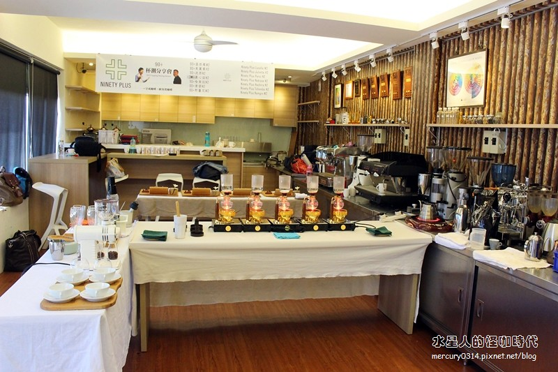 19431715453 d4e900f946 b - 熱血採訪。台中大坑【OKLAO 歐客佬咖啡農場】喝到寮國啤酒口味的創意咖啡,咖啡甜點舒適氛圍,爬山後放鬆的早午茶時刻,全系列藝伎咖啡買一送一(活動期間7/29-8/9)