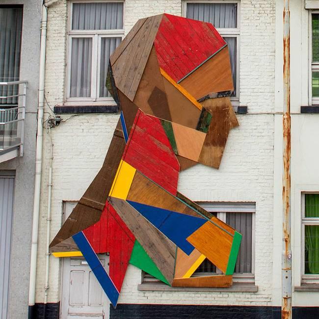 strook-street-art-recycled-doors-7.jpg.650x0_q70_crop-smart