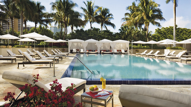 Ritz Carlton Coconut Grove Pool