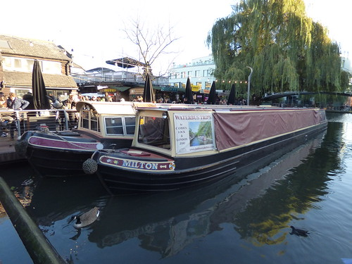 Camden Lock - Hampstead Road Lock - narrowboats at Camden Lock Market