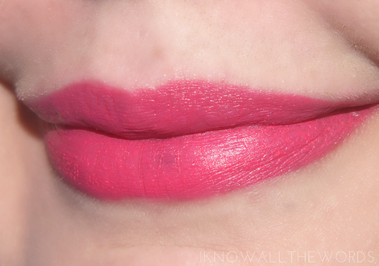 maybelline colour blur 10 fast & fuchsia