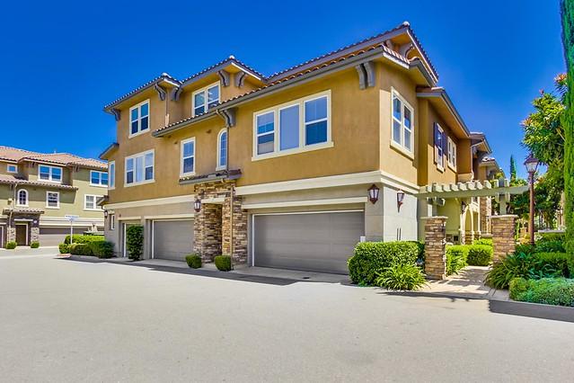 6 Via Montisi, Santee, CA 92071