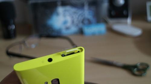 Micro Nano SIM adapteris įstrigo Nokia Lumia 920