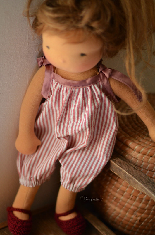 Short overalls, for a 17/18inch doll