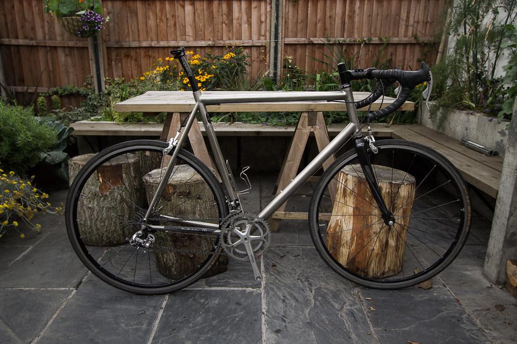 FS: Van Nicholas Chinook Titanium 62cm Complete Road Bike