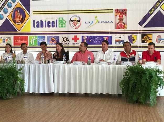 Presentan Torneo de Racquetbol en el marco de La FENAPO