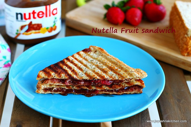 Nutella-fruit sandwich