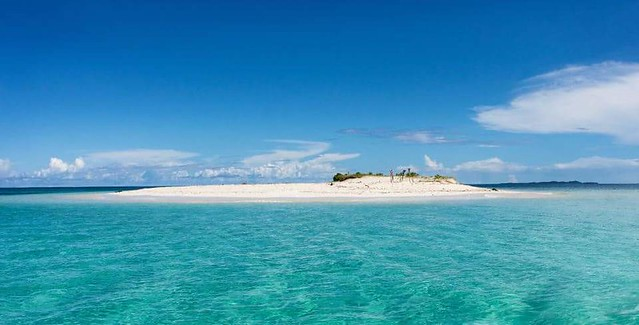 Stunning White Sand Vanishing Island In The Philippines - Pansukian Naked Island In Siargao