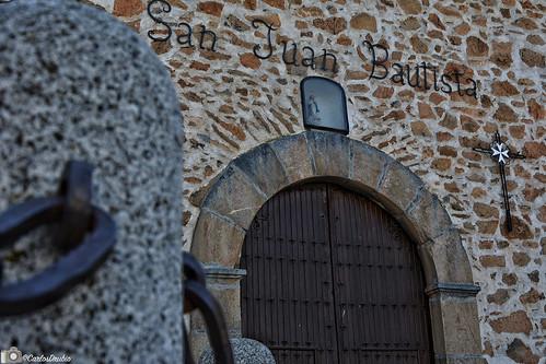 Portada Parroquia San Juan Bautista en Urda, Toledo.