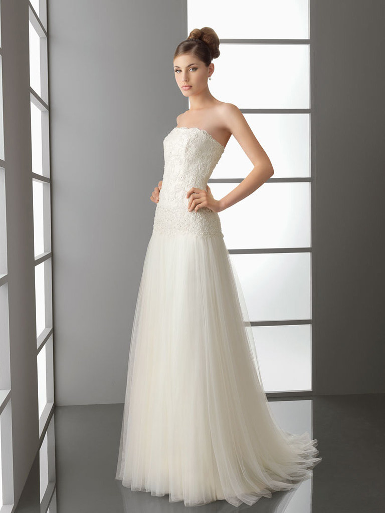 Strapless Line Simple Wedding Dress