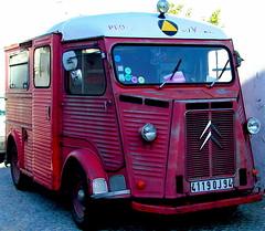 antique car(0.0), automobile(1.0), van(1.0), vehicle(1.0), truck(1.0), citroã«n h van(1.0), land vehicle(1.0), motor vehicle(1.0),