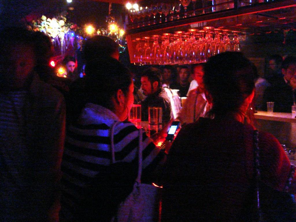 2006-04-21   04 Shinjuku-nichome Arty Farty 2