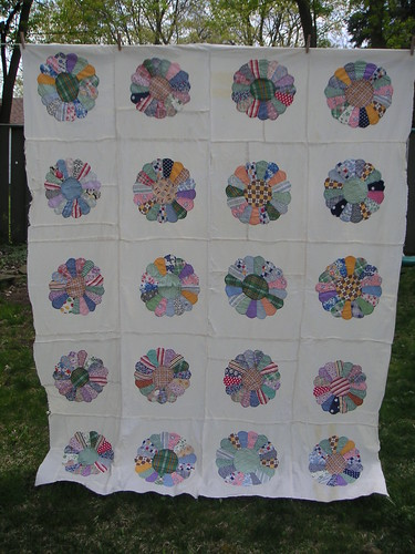 Quilt top -- Feedsack Flowers