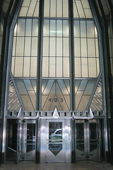 NYC: Chrysler Building - Entrance