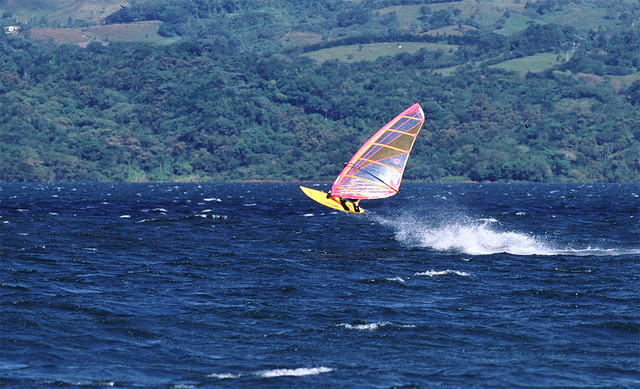 windsurfing Lake Arenal
