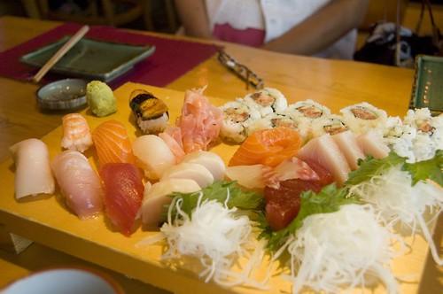 Sushi-Sashimi Combo