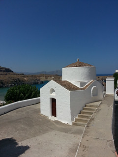 Lindos közelében Líndos képe. street summer building church landscape greece lindos egeo a6000 churchspotting