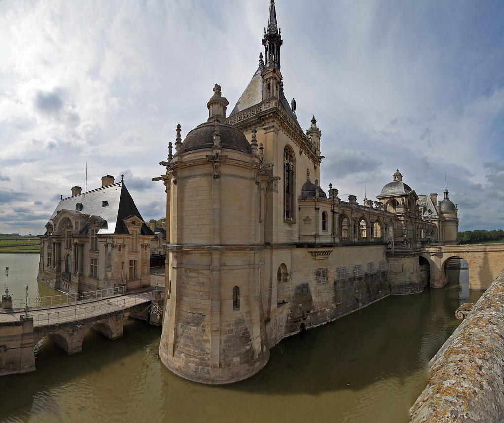 Hotels Near Chantilly France