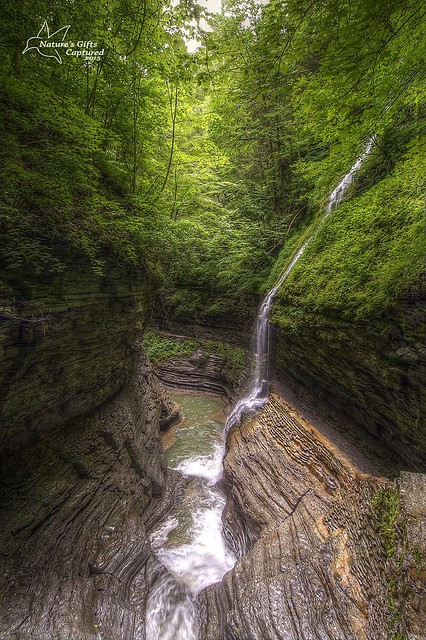 Rainbow Falls - Watkins Glen State Park  (from bridge)