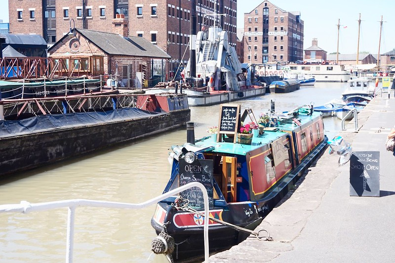 barge gloucester quays narrow boat narrow boat cafe food festival