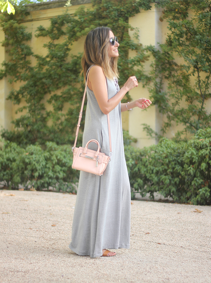 striped maxi dress summer comfy outfit05