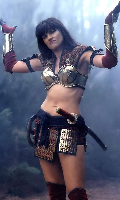 600full-lucy-lawless