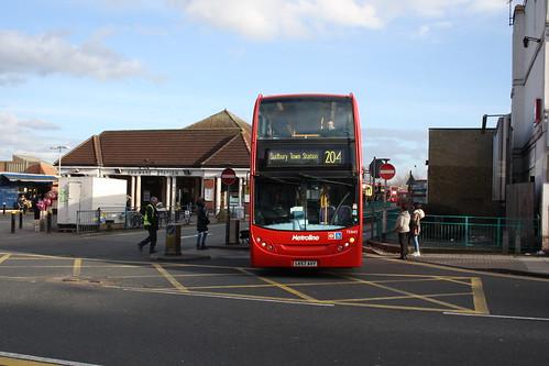 Metroline TE843 LK57AXY
