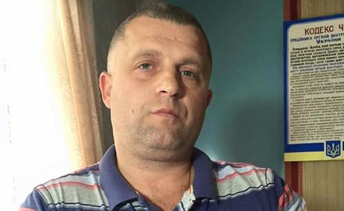 Майор Трофімчук впевнений: його пістолет вкрав із сейфа хтось із міліціонерів