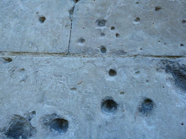 Muro con balas de la Primera Guerra Mundial en el norte de Francia