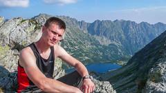Jarek na Szpiglasowej Przełęczy, w tle Dolina 5 Stawów.