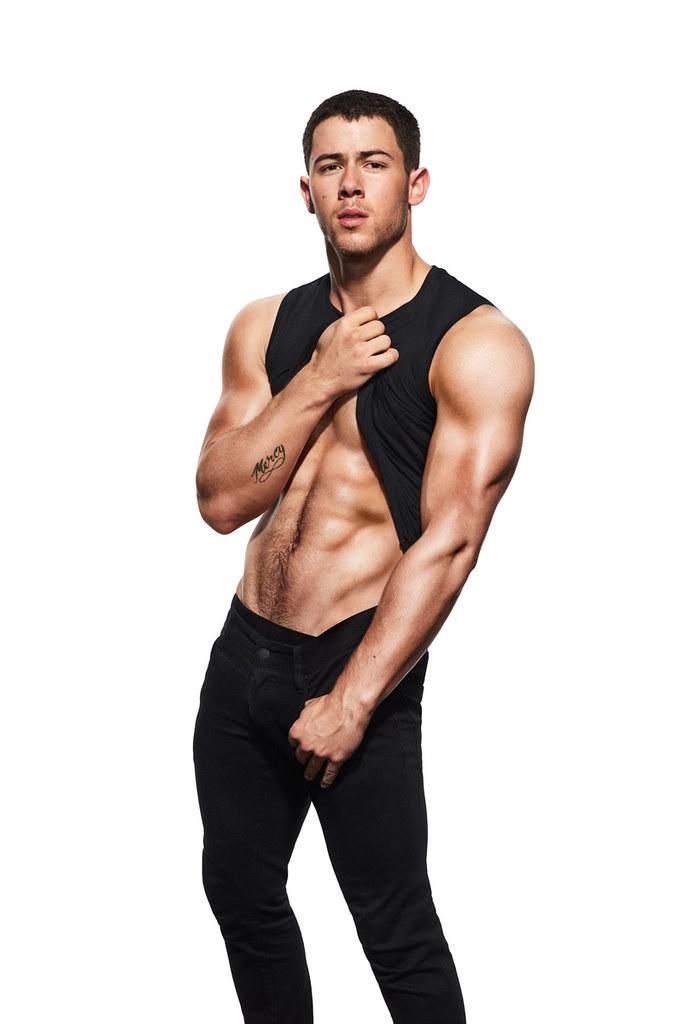 Ник Джонас — Фотосессия для «Men's Fitness» 2016 – 6