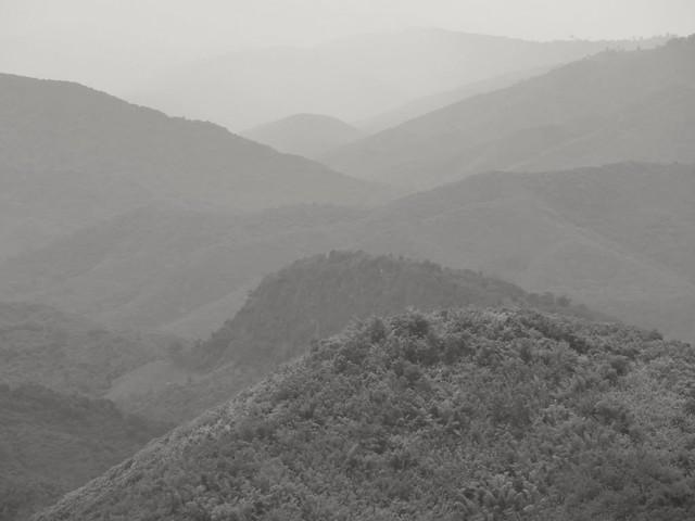 Jungle et montagnes.. Jungle and mountain...