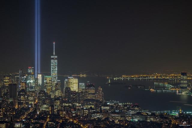 World Trade Center Tribute in Light, New York . XT1 .