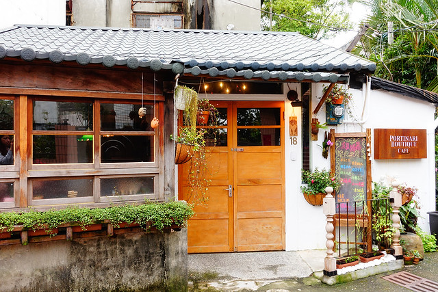 低調的門面,看不太出來是家飾店還是咖啡店呢@波提娜麗精品咖啡