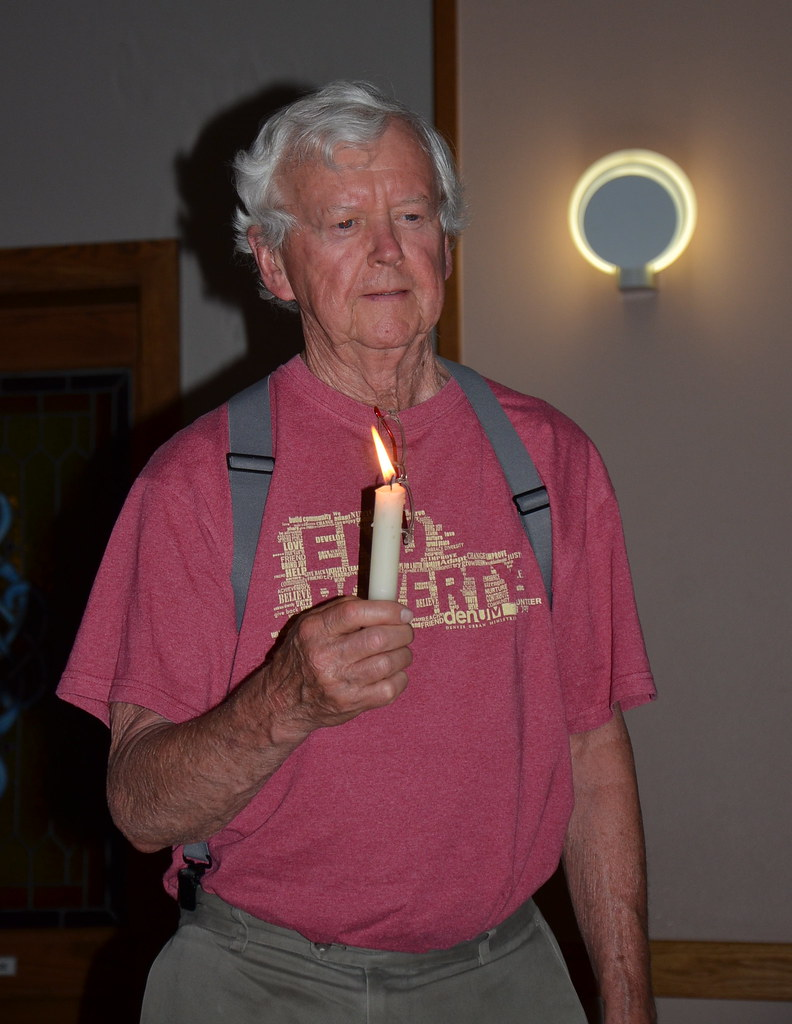 2015_06_16 candle vigil for 1st day of fast 012