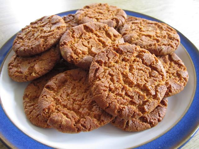 gingernuts (2)